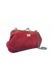 FIESTA FURRY CHAIN CLUTCH WINE